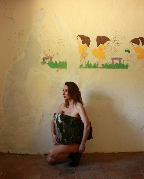 http://www.aurelineroy.com/files/gimgs/1_femmebuche.jpg